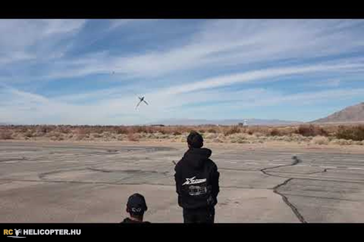 Kan Poonnoi fies XLPower Specter 700 at Las Vegas Funfly 2019